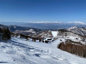 ピーカンの志賀高原。遠く山々の姿が美しい!